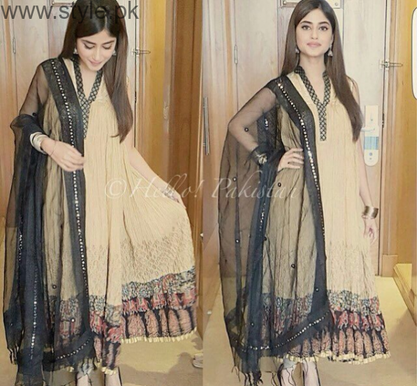 Sajal Ali's 10 Best Dresses (4)