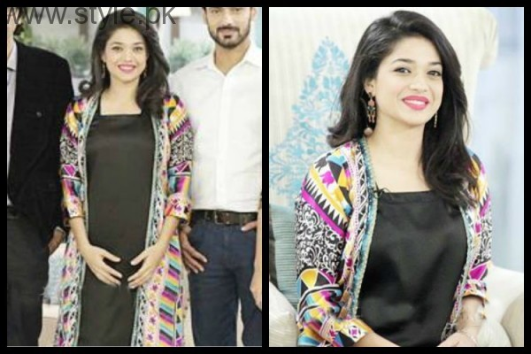 Sanam Jung proves that you can carry pink lipstick with every dress (6)