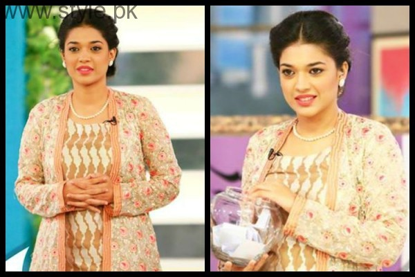 Sanam Jung proves that you can carry pink lipstick with every dress (7)
