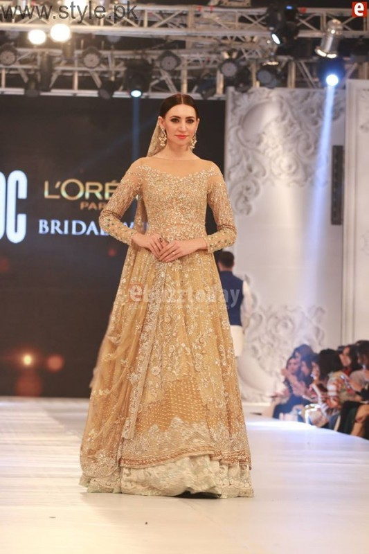 Sania Maskatia at PFDC L'Oreal Paris Bridal Week 2016 Day 1 (18)