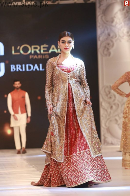 Sania Maskatia at PFDC L'Oreal Paris Bridal Week 2016 Day 1 (9)