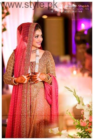 See Top Pakistani Fashion and Wedding Photographers