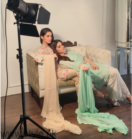 Aiman Khan and Minal Khan's photoshoot for Agha Noor (4)