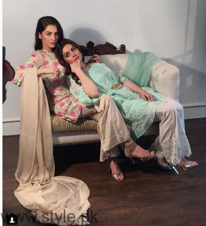 Aiman Khan and Minal Khan's photoshoot for Agha Noor (9)