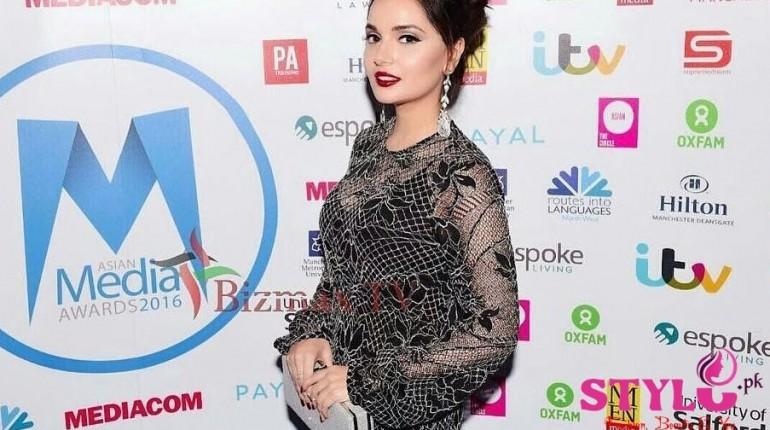Armeena Rana Khan Backstage Asian Media Awards
