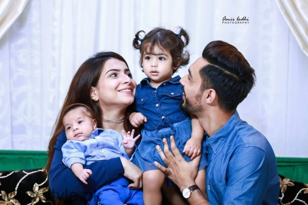 Cute Family Pictures of Dua Malick