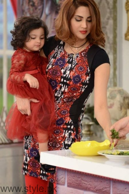Fiza Ali With Her Daughter In Good Morning Pakistan Style Pk