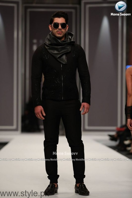HSY Collection at Fashion Pakistan Week 2016 (4)