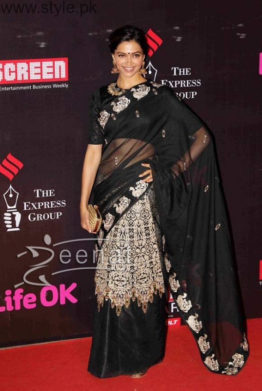 Latest Black Sarees 2016 (13)