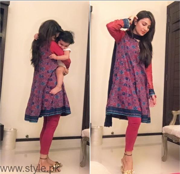 Latest Clicks of Ayeza Khan with her daughter Hoorain (4)