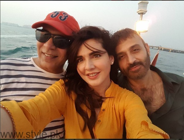 Mahnoor Baloch on the set of her upcoming drama 'Khoobsurat' (3)