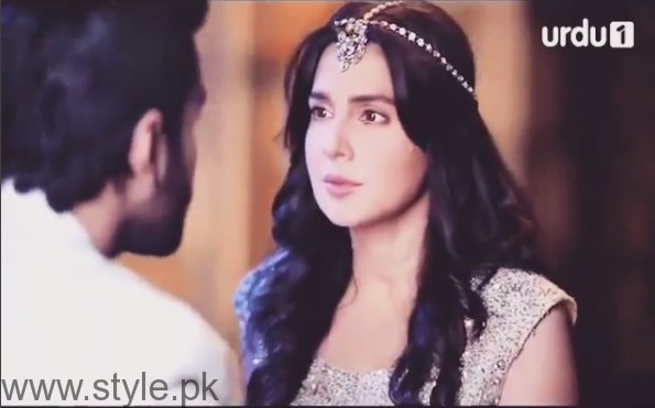 Mahnoor Baloch on the set of her upcoming drama 'Khoobsurat' (7)