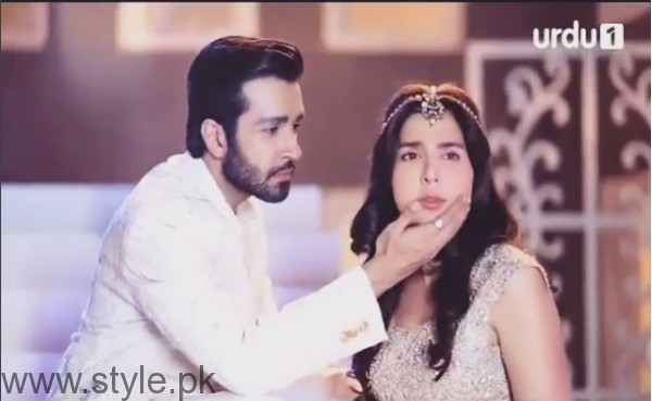 Mahnoor Baloch on the set of her upcoming drama 'Khoobsurat' (8)