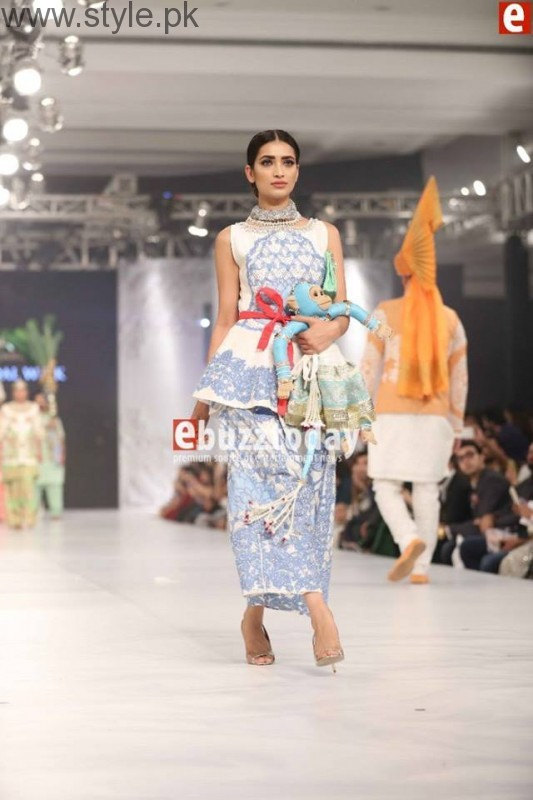 PFDC L'Oréal Paris Bridal Week 2016 Day 3 Pictures (16)