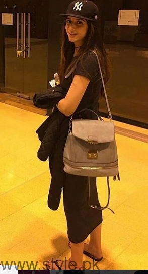Recent Pictures of Mawra Hocane from Australia Tour (11)
