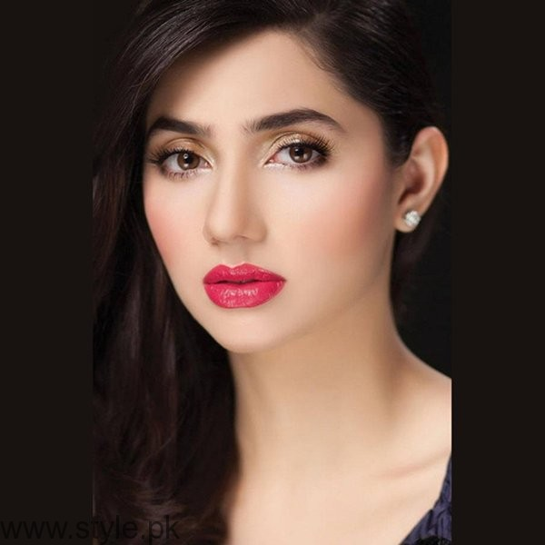 Which Pakistani Actresses Always Cast For Lead Role In Dramas001