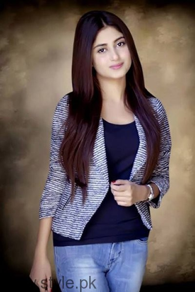 Which Pakistani Actresses Always Cast For Lead Role In Dramas004