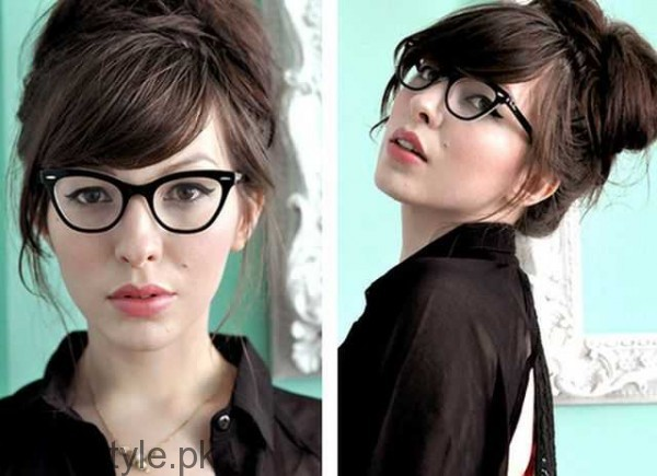 7 Best Hairstyles for Office Look (6)