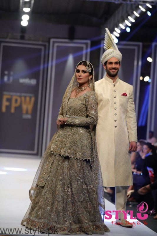Aiza Khan for Deepak Perwani