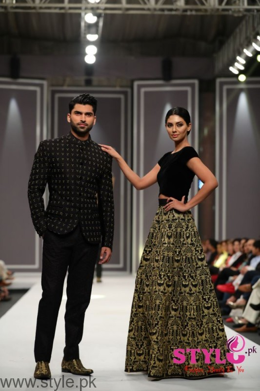 Arsalan Iqbal collection at FPW2016 (2)