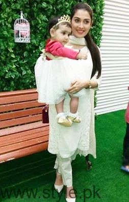 Ayeza Khan Daughter Hoorain - Beautiful Celebrity Mom
