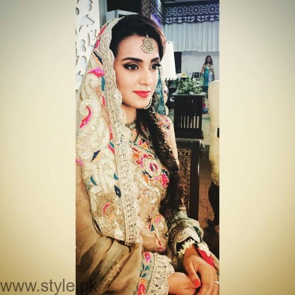 Iqra Aziz Profile, Pictures and Dramas (6)