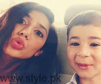 Mahira Khan  - Beautiful Celebrity Mom