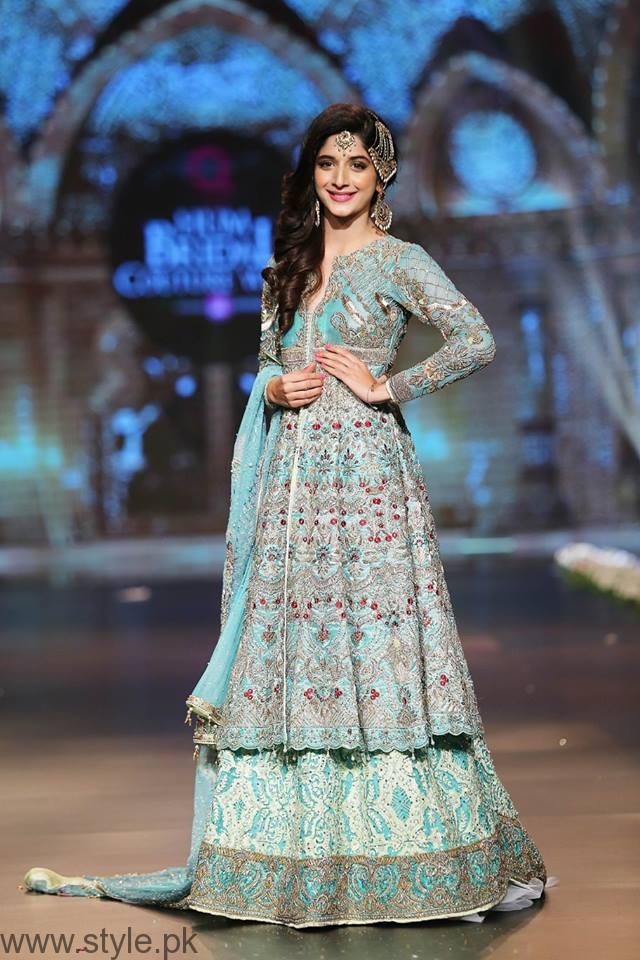 Mawra Hocane - Bridal Couture Week 2016 Day 1
