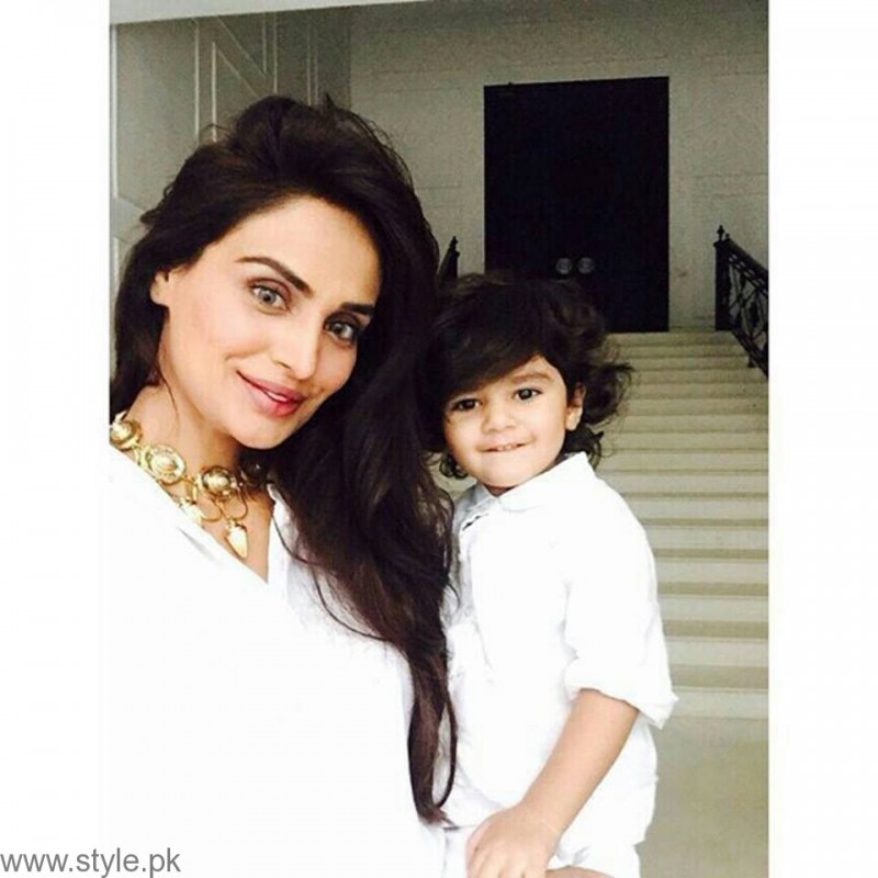 MehreenSyed and Daughter