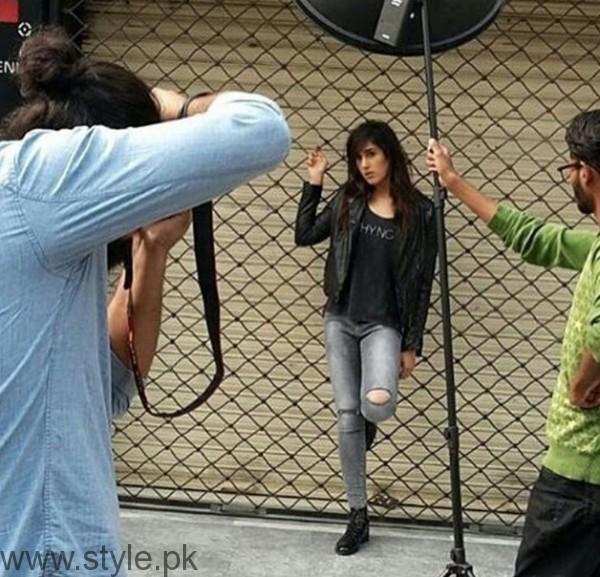 Mira Sethi's latest photoshoot (5)