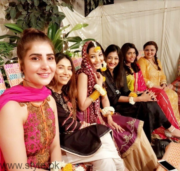 Model Rubya Chaudhry's wedding Pictures  (4)