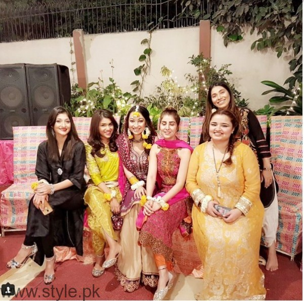 Model Rubya Chaudhry's wedding Pictures  (5)