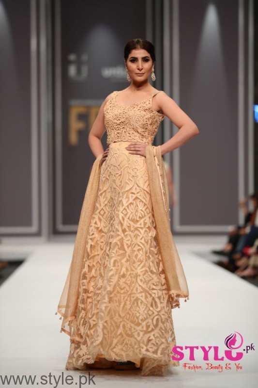 Natasha Kamal's Dresses at FPW2016 (6)