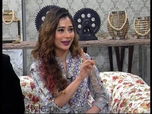Noor Hassan and Indian Actress Sara Khan in Good Morning Pakistan (6)