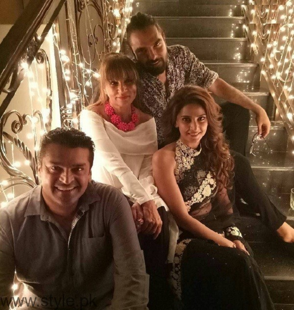 Pakistani Celebrities At Lahore Se Aagey Premiere In Karachi