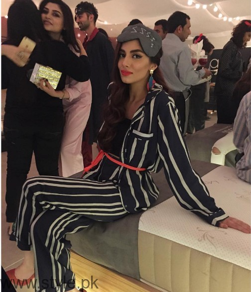 Pakistani Celebrities at Pajama Party (2)