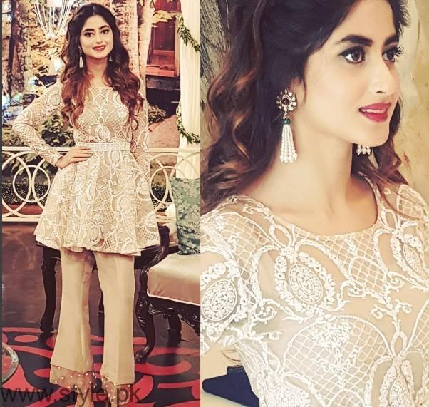 Pakistani Golden Party wear Dresses (10)