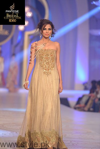 Pakistani Golden Party wear Dresses (12)