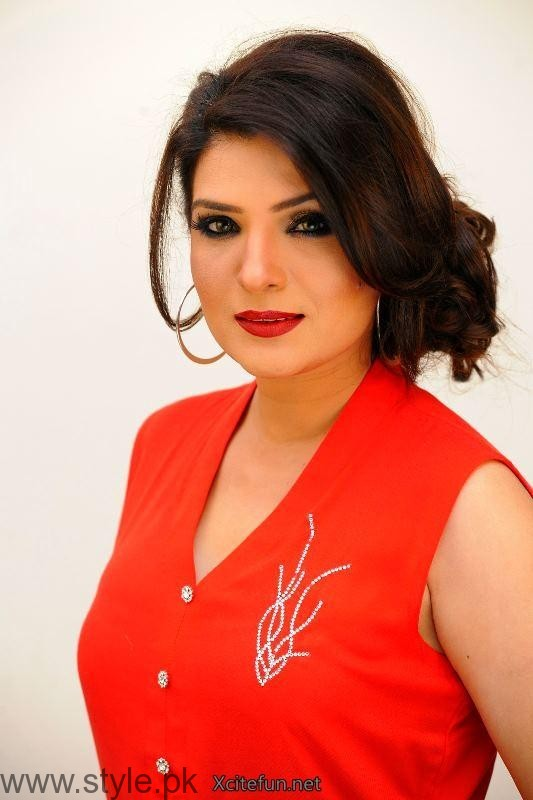 Resham's Profile, Pictures, Dramas and Movies (7)