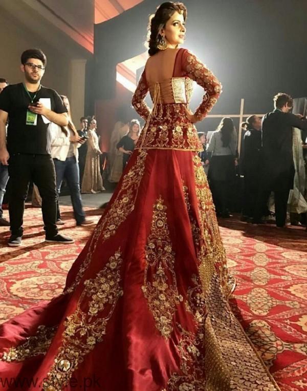 Saba Qamar Qmobile Hum Bridal Couture Week 2016