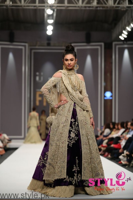 Shehla Chatoor FPW2016 Day 2 (2)
