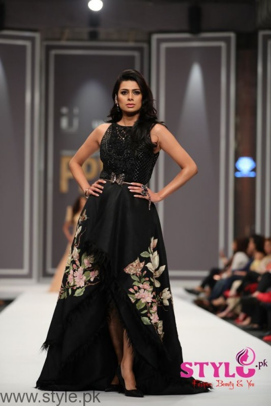 Shehla Chatoor Fashion Pakistan Week 2016 Day 2 (2)