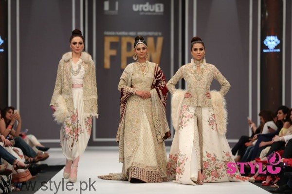 Shehla Chatoor Fashion Pakistan Week 2016 Day 2 (6)