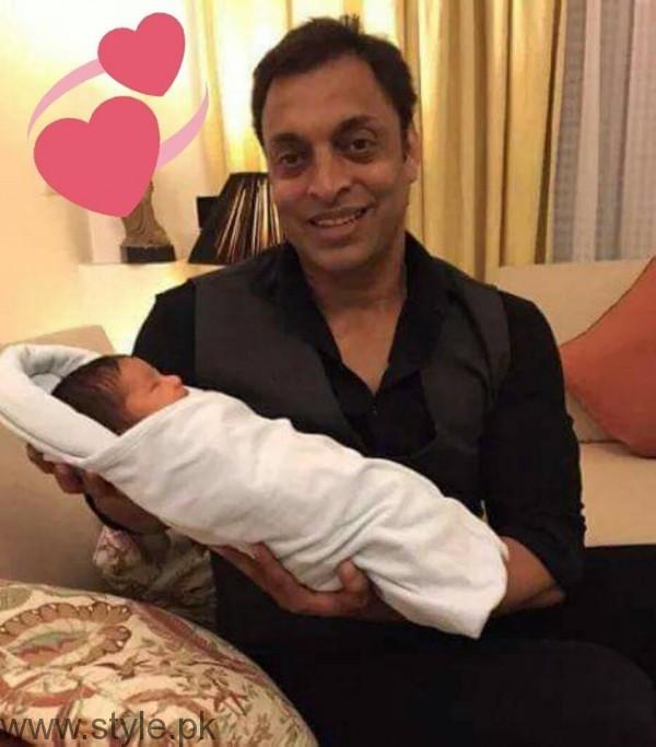 Shoaib Akhtar Baby Boy Picture