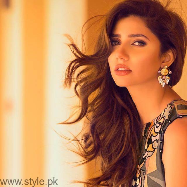 VJ Mahira - VJ turned Actress Pakistan