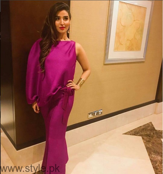 Wardrobe Goals by Hareem Farooq (8)