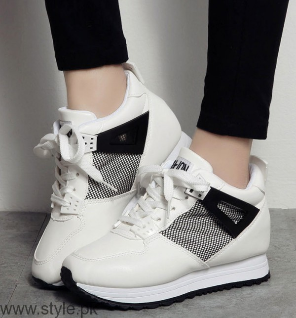 Women Fashion Sneakers (11)