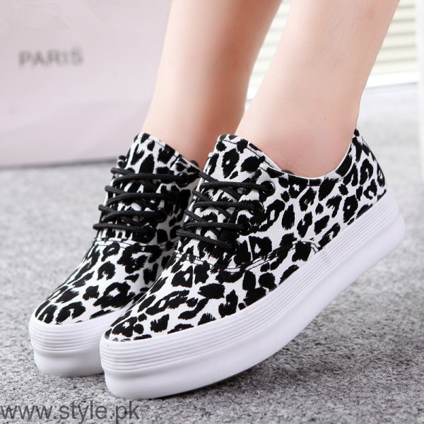 Women Fashion Sneakers (3)
