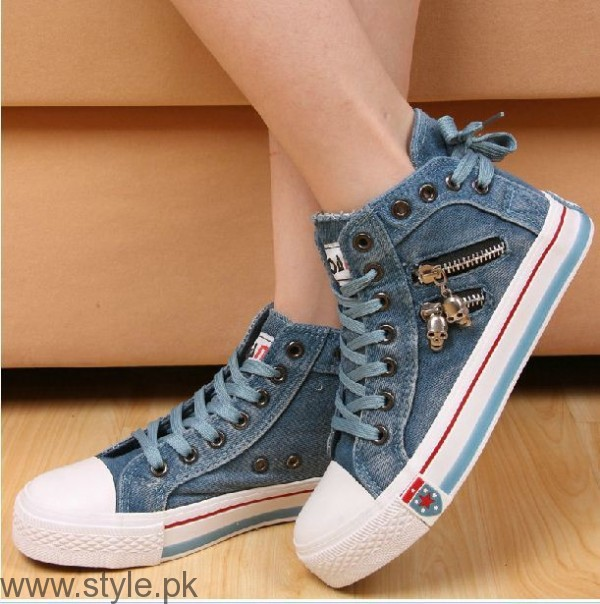 Women Fashion Sneakers (7)