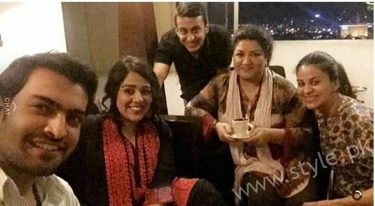 Actress Yasra Rizvi got Engaged (4)